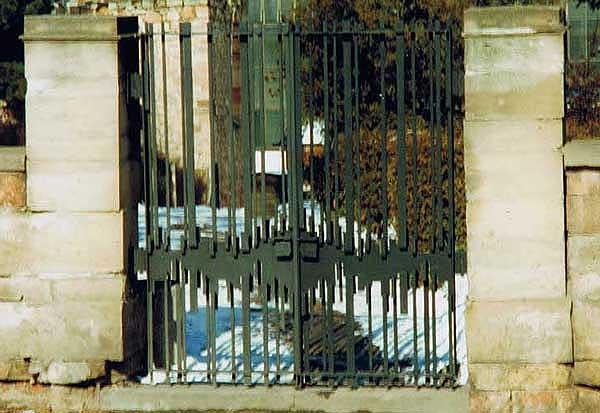 Toranlage Friedhof Bad Salzungen
